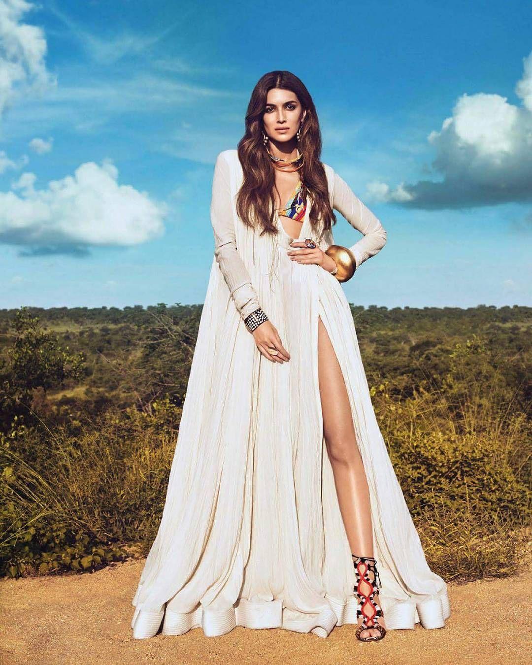 Most beautiful Bollywood actresses Kriti Sanon